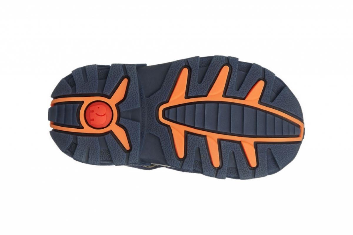 Купить онлайн Кожаные босоножки для мальчика