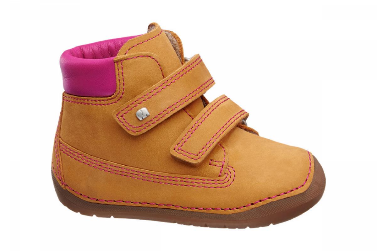 Купить онлайн Утепленные ботиночки для малышки ( el chico 1)