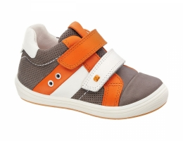 Кожаные ботинки на двойной липучке